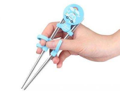 儿童训练筷子