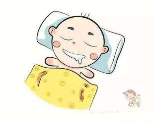 新生儿睡枕头的坏处1