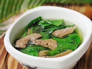 产妇月子期间能不能吃猪肝汤