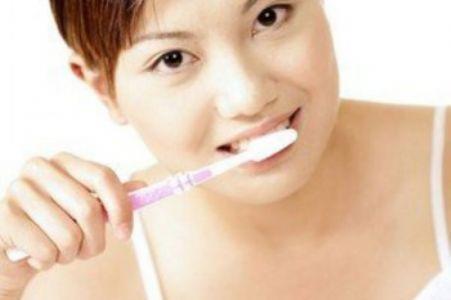 坐月子能不能刷牙,会有什么危害?